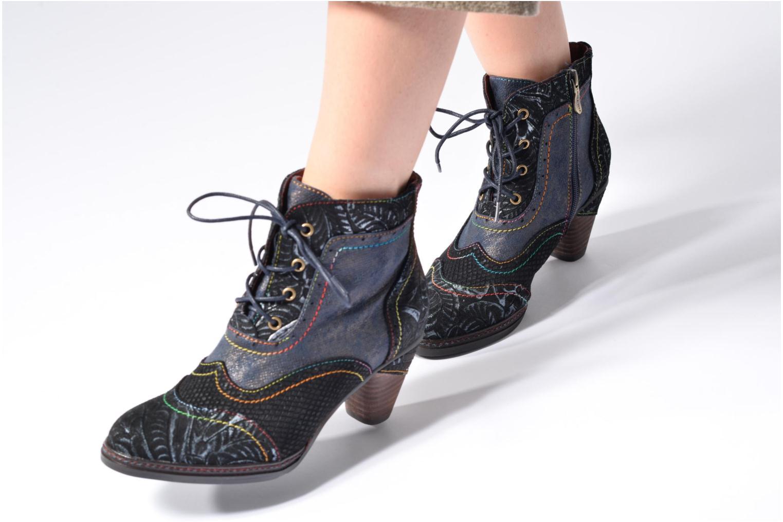 Bottines et boots Laura Vita Alizee 30 Bordeaux vue bas / vue portée sac