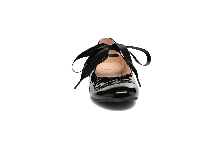 Ballerines Yep Oriane Noir vue portées chaussures