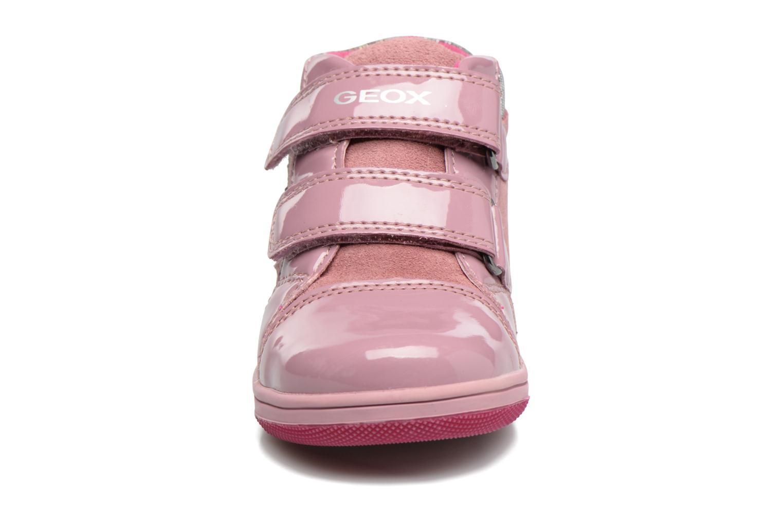 Baskets Geox B New Flick G. E B741HE Rose vue portées chaussures