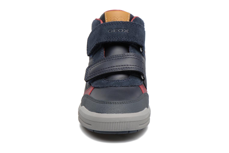 Baskets Geox J Arzach B. B  J744AB Bleu vue portées chaussures