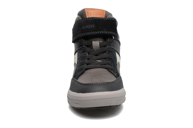 Baskets Geox J Arzach B. C  J744AC Gris vue portées chaussures