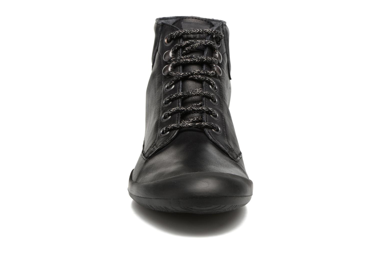 Baskets TBS Valhala Noir vue portées chaussures