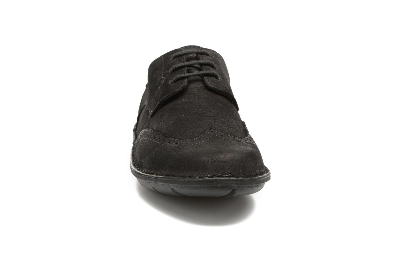Chaussures à lacets TBS Yonkers Noir vue portées chaussures