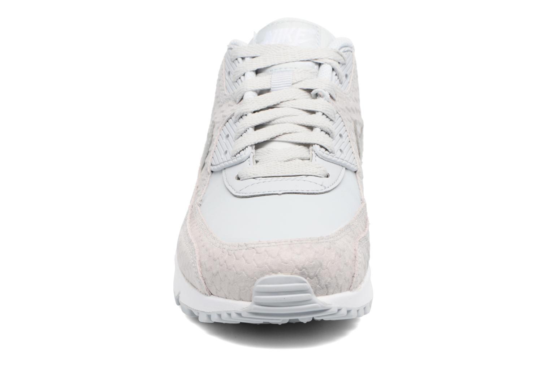Baskets Nike Wmns Air Max 90 Prm Bleu vue portées chaussures