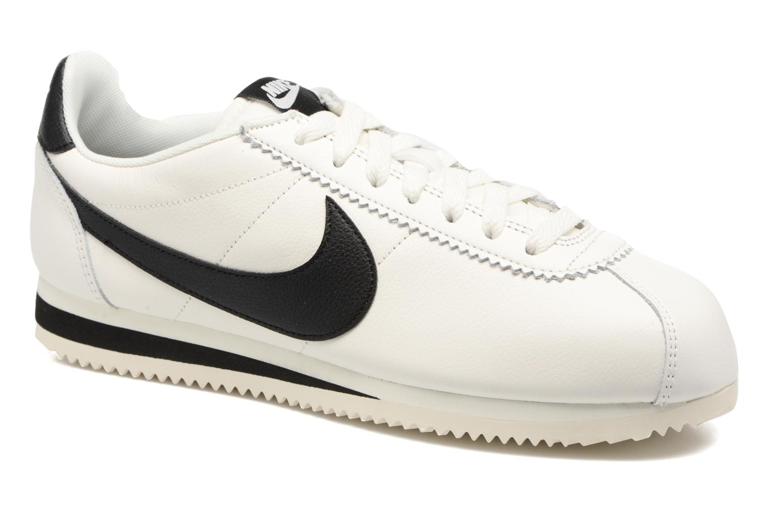 Trainers Nike Classic Cortez Leather Se White detailed view/ Pair view