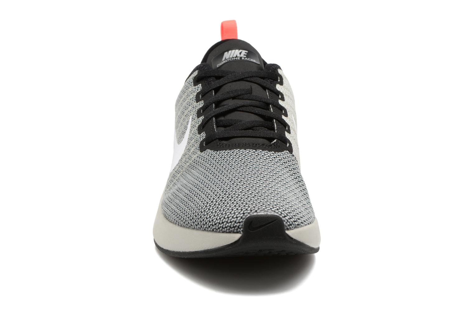 Nike Dualtone Racer Black/White-Pale Grey-Solar Red