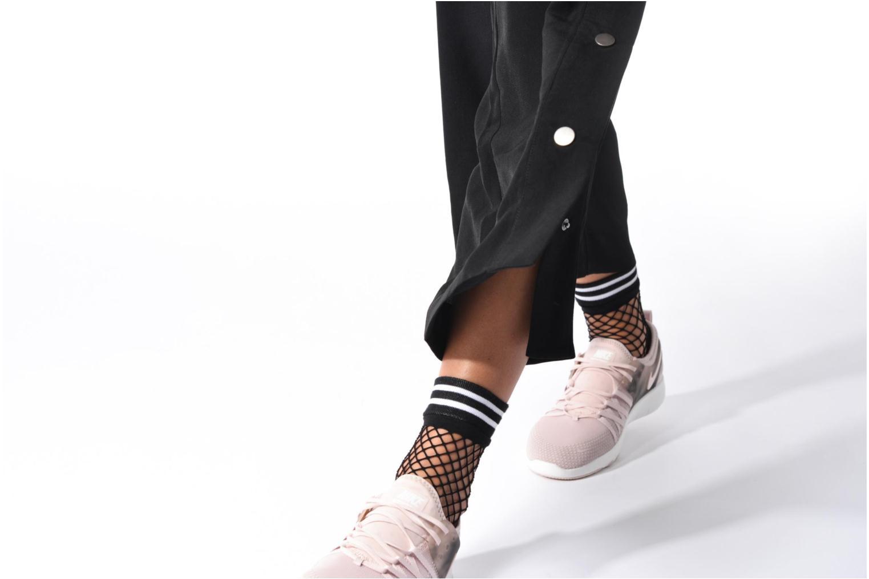 Sportschuhe Nike Wmns Nike Free Tr 7 Amp rosa ansicht von unten / tasche getragen