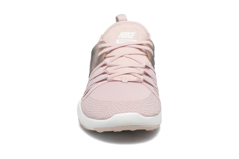 Sportschuhe Nike Wmns Nike Free Tr 7 Amp rosa schuhe getragen