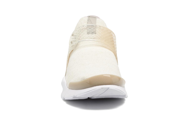 Nike Sock Dart Se Sail/Cobblestone-Lt Orewood Brn-White