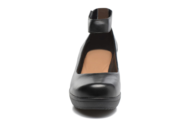 Escarpins Clarks Wynnmere Fox Noir vue portées chaussures