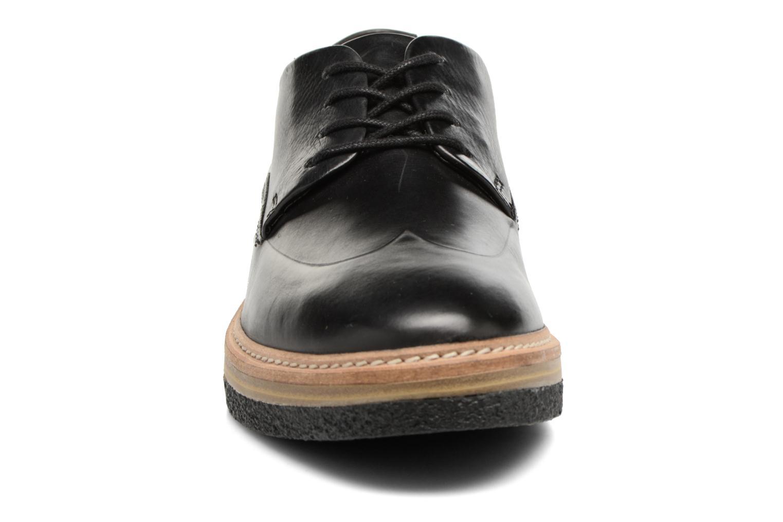 Chaussures à lacets Clarks Zante Zara Noir vue portées chaussures