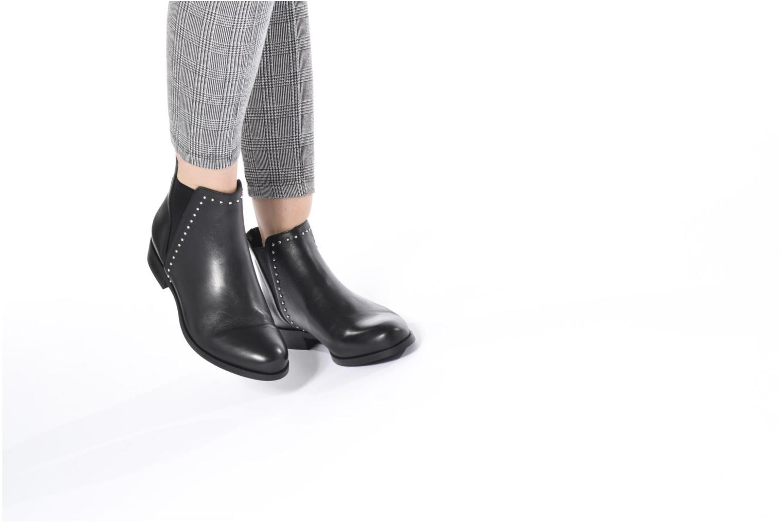 Bottines et boots Georgia Rose Soclou Marron vue bas / vue portée sac