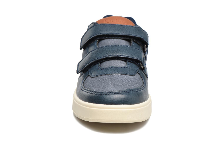 Baskets Kickers Gravlax Bleu vue portées chaussures