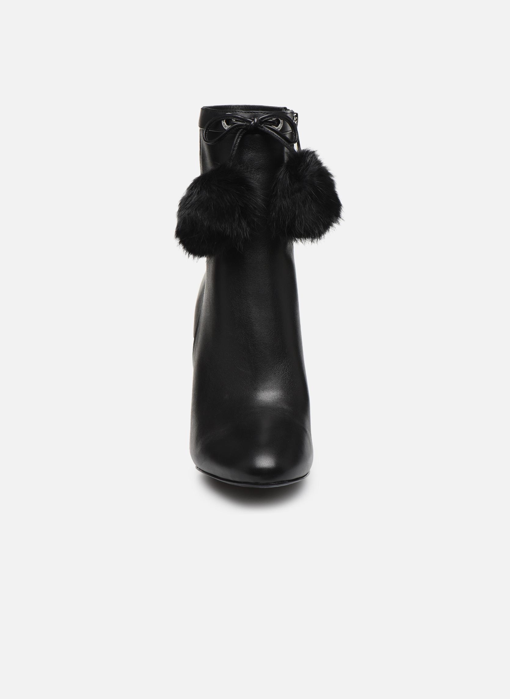 Bottines et boots Michael Michael Kors Remi Bootie Noir vue portées chaussures