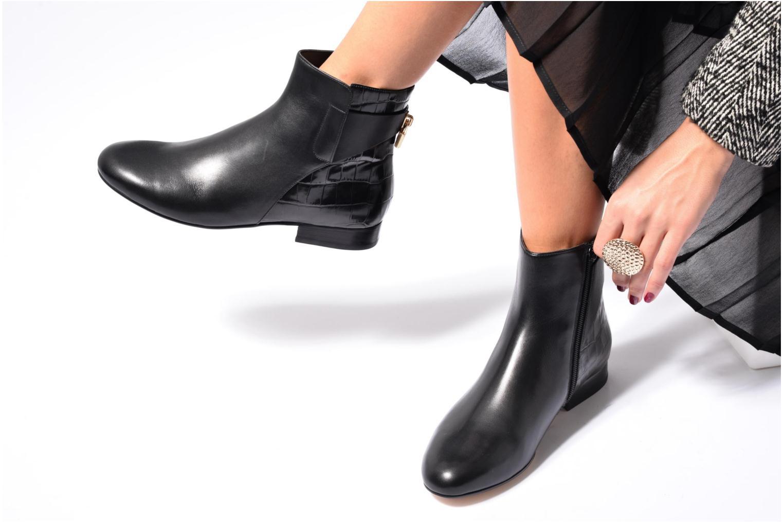 Bottines et boots Michael Michael Kors Mira Flat Bootie Noir vue bas / vue portée sac