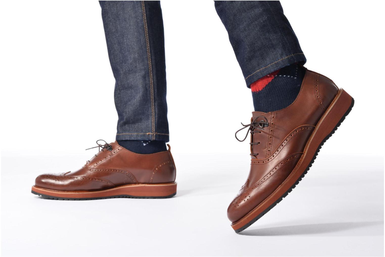 Chaussures à lacets Mr SARENZA Sulivan Marron vue bas / vue portée sac