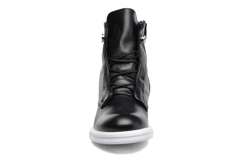 Bottines et boots Bronx BennoX Noir vue portées chaussures