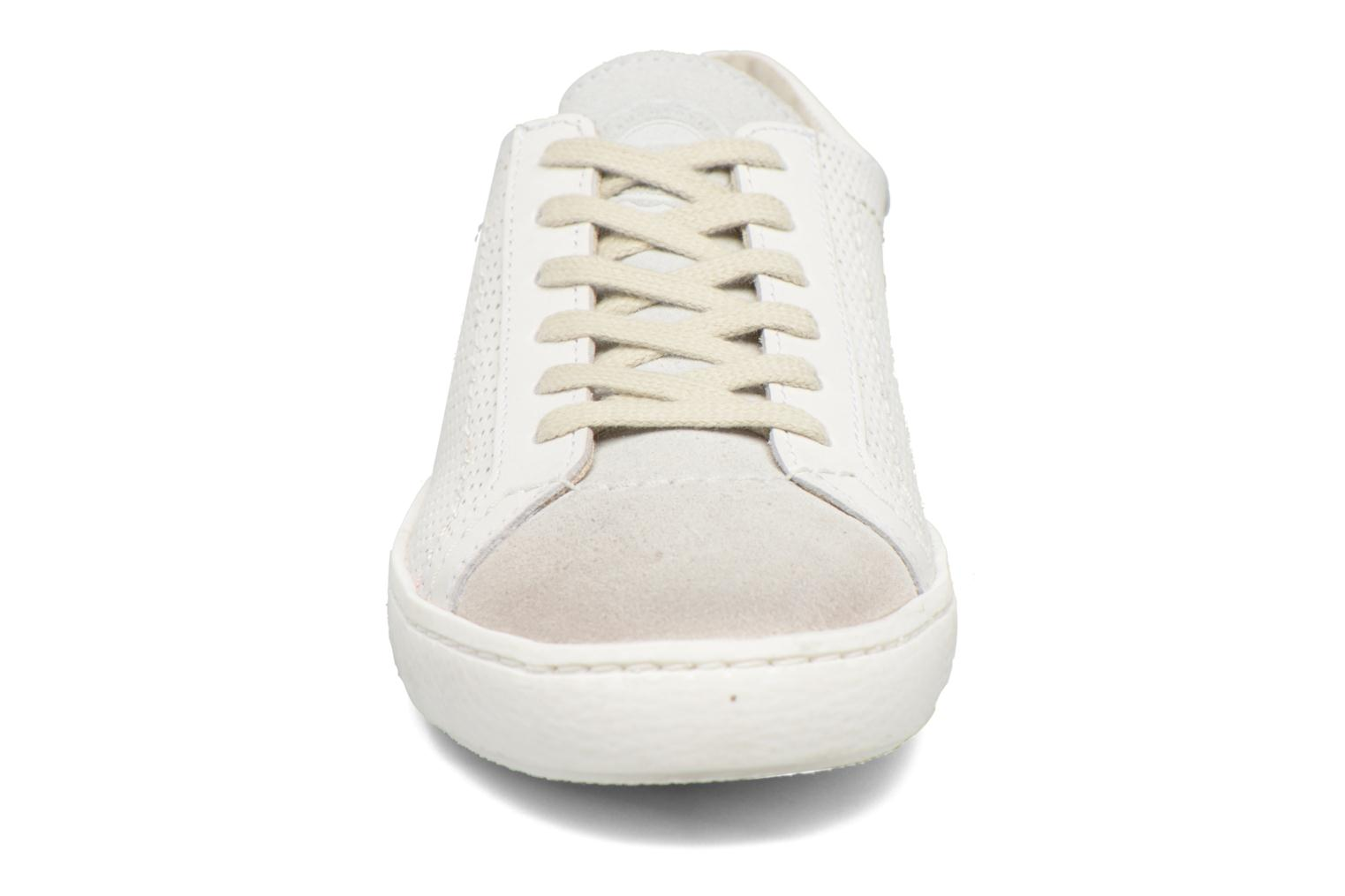 Baskets Kickers Real Blanc vue portées chaussures
