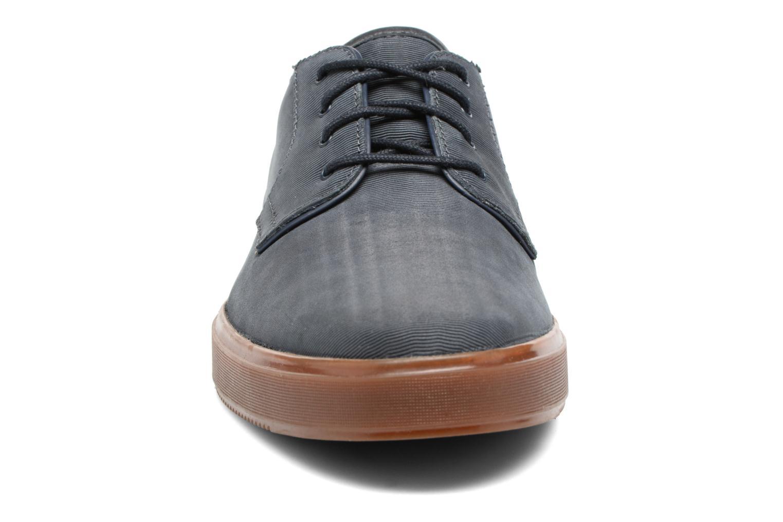 Baskets Clarks Calderon Lace Bleu vue portées chaussures