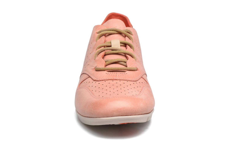 Baskets Clarks Tri Actor Rose vue portées chaussures
