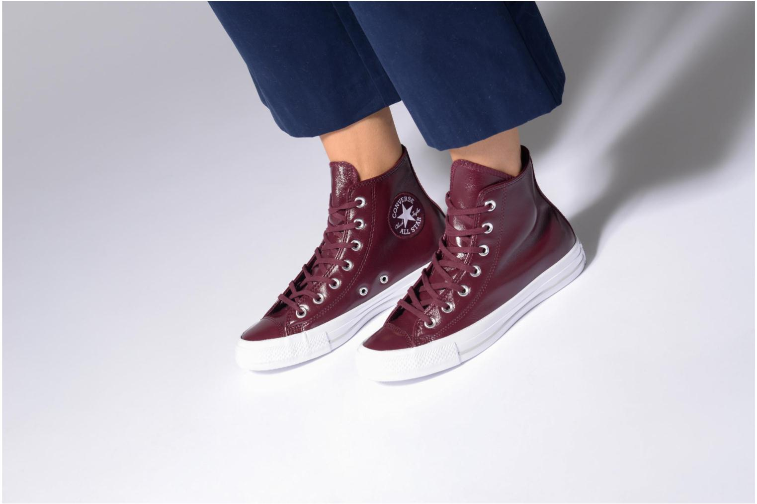 Deportivas Converse Chuck Taylor All Star Crinkled Patent Leather Hi Vino vista de abajo