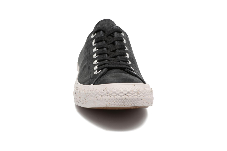 Baskets Converse Chuck Taylor All Star Nubuck Ox M Noir vue portées chaussures