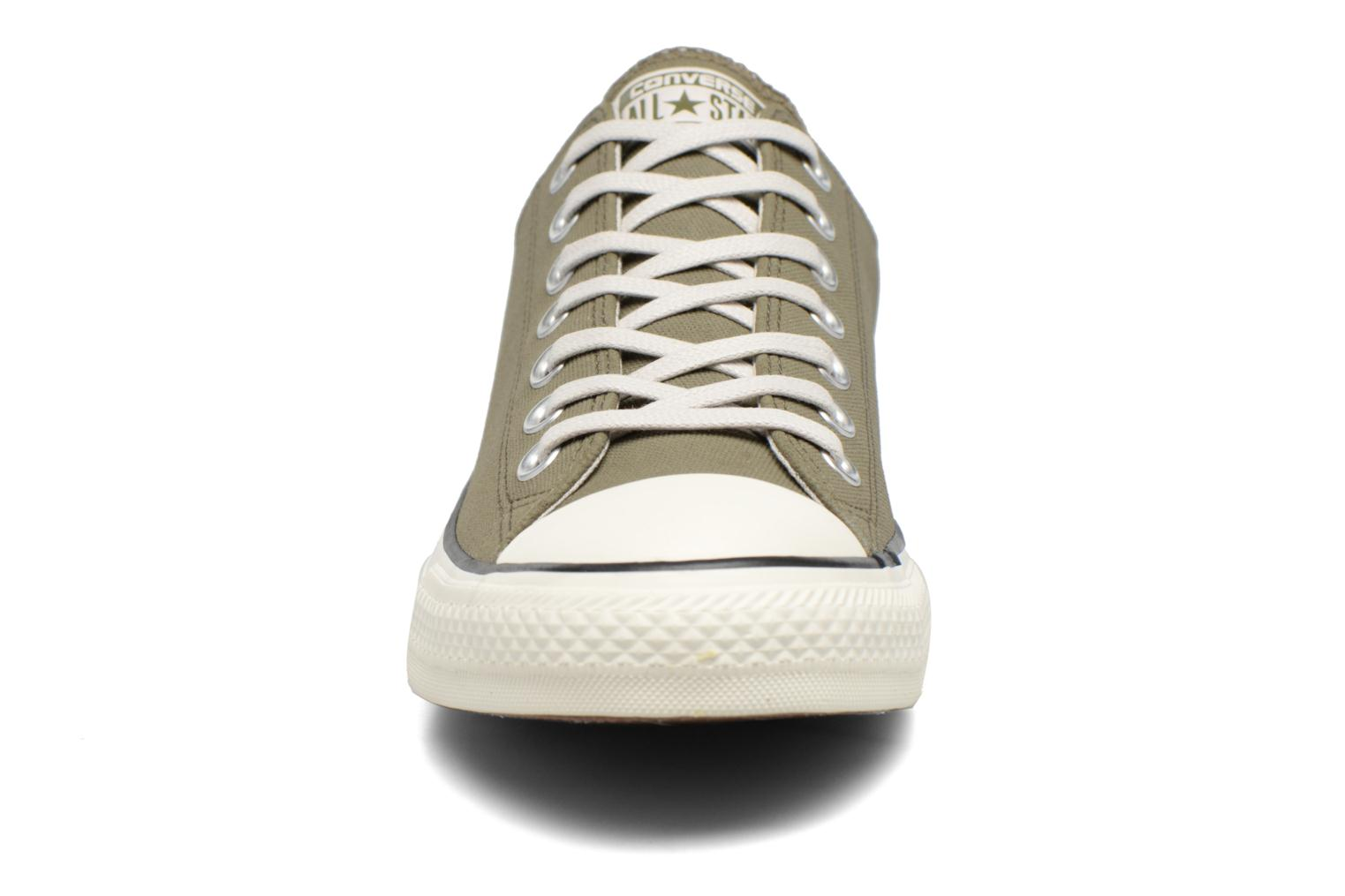 Baskets Converse Chuck Taylor All Star Coated Leather Ox Vert vue portées chaussures