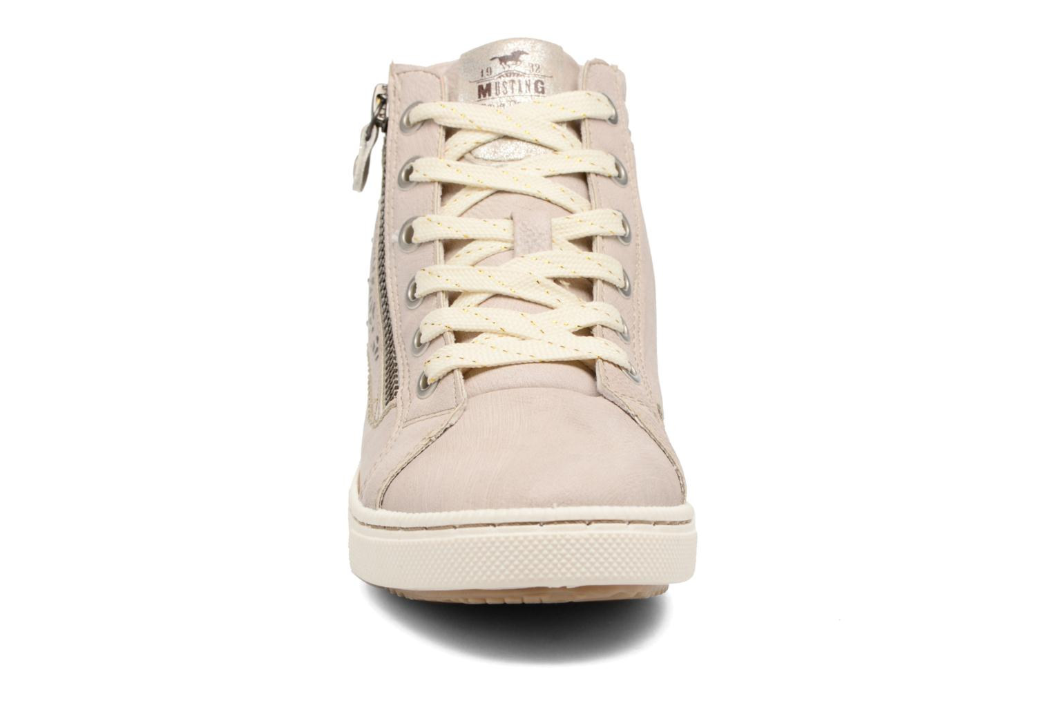 Trainers Mustang shoes Lira Beige model view