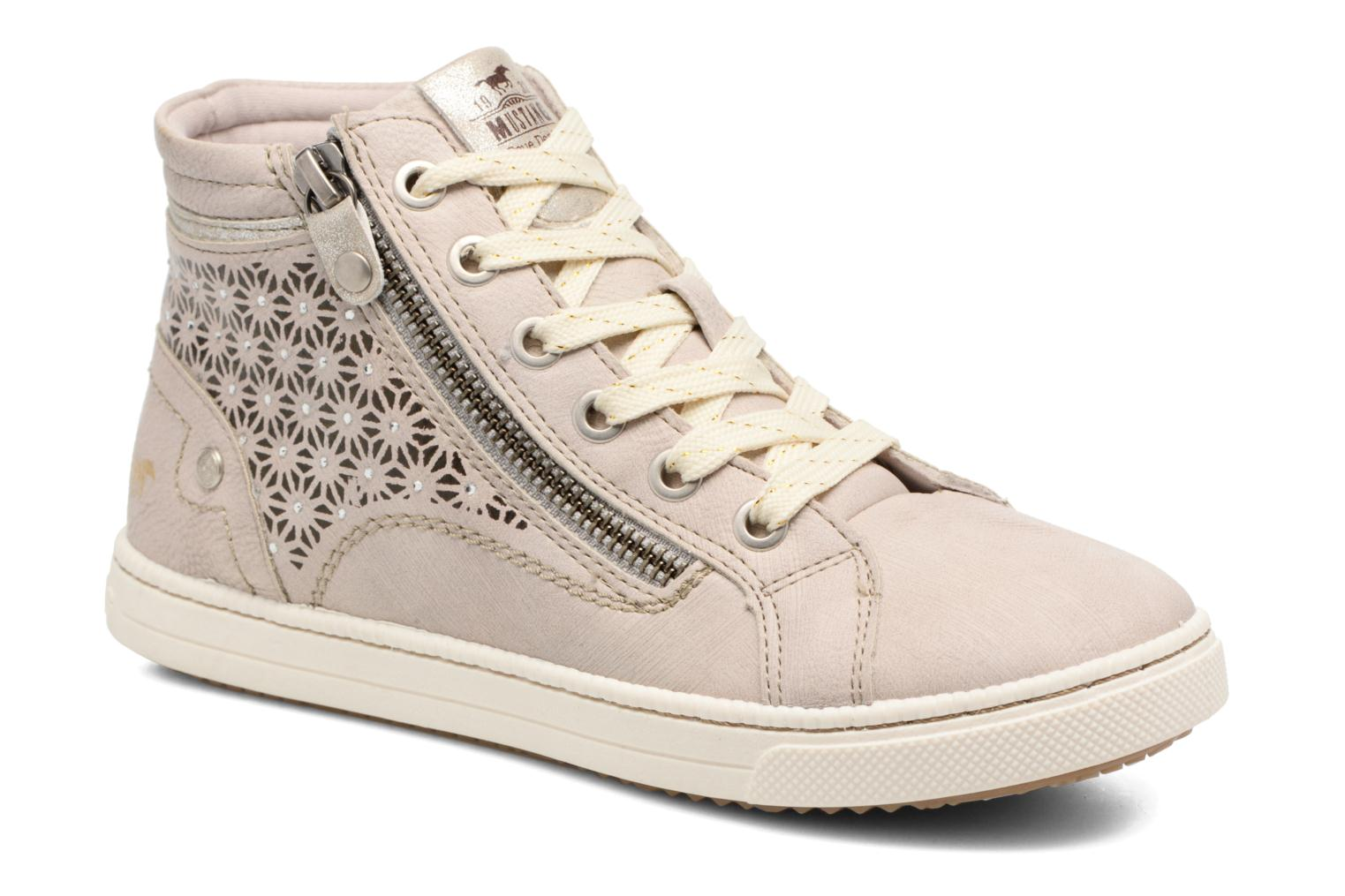Trainers Mustang shoes Lira Beige detailed view/ Pair view
