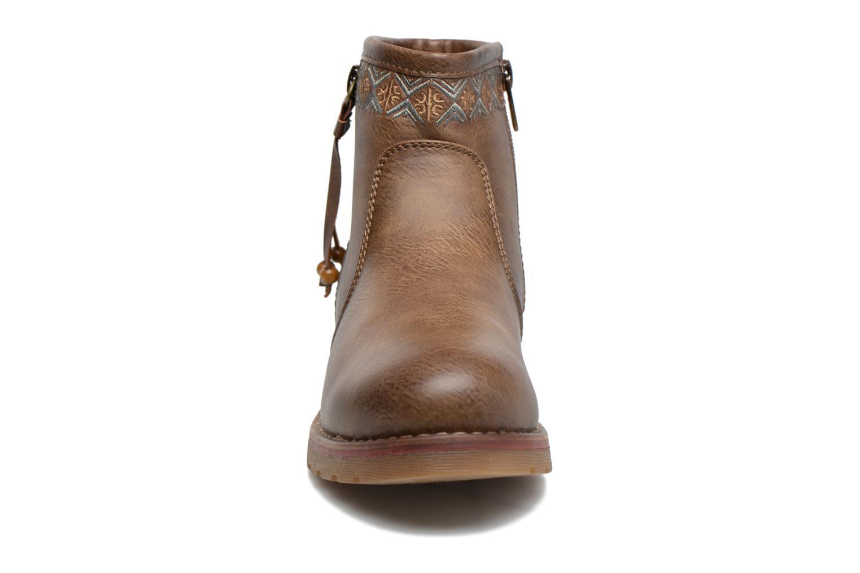 Bottines et boots Refresh Fionelle Marron vue portées chaussures