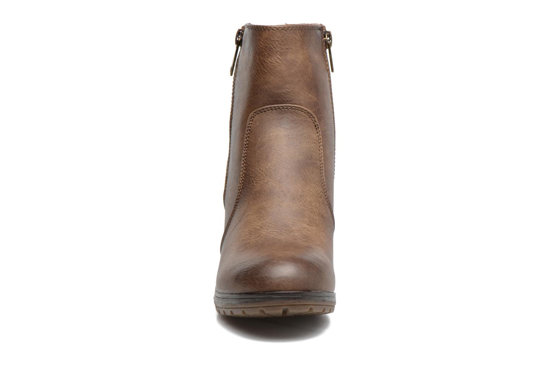 Bottines et boots Refresh Natys Marron vue portées chaussures
