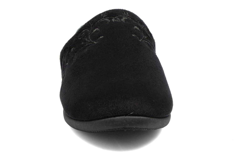 Chaussons Isotoner Mule talon suédine Noir vue portées chaussures