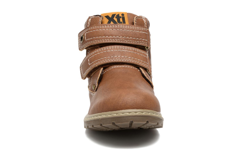 Bottines et boots Xti Delli 53787 Marron vue portées chaussures