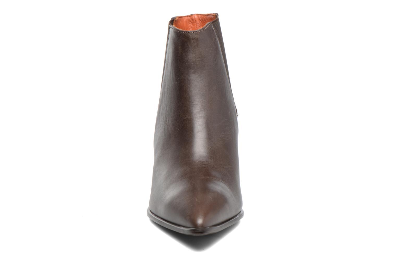 Bottines et boots Elizabeth Stuart Adam 183 Marron vue portées chaussures