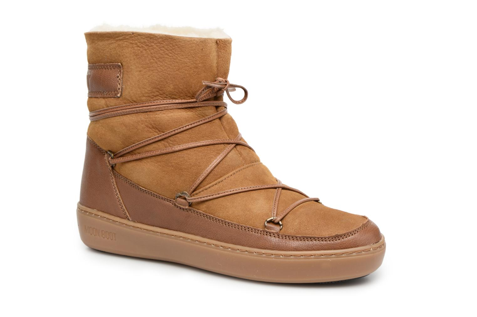 Sport shoes Moon Boot Pulse low shearling Brown detailed view/ Pair view