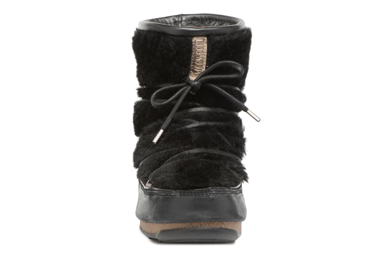 Chaussures de sport Moon Boot low SH Noir vue portées chaussures