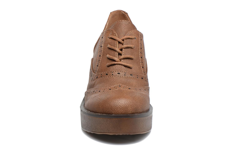 Zapatos con cordones MTNG Priva Marrón vista del modelo