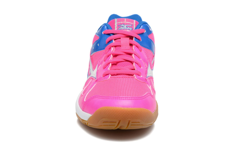 Chaussures de sport Mizuno CYCLONE SPEED Rose vue portées chaussures