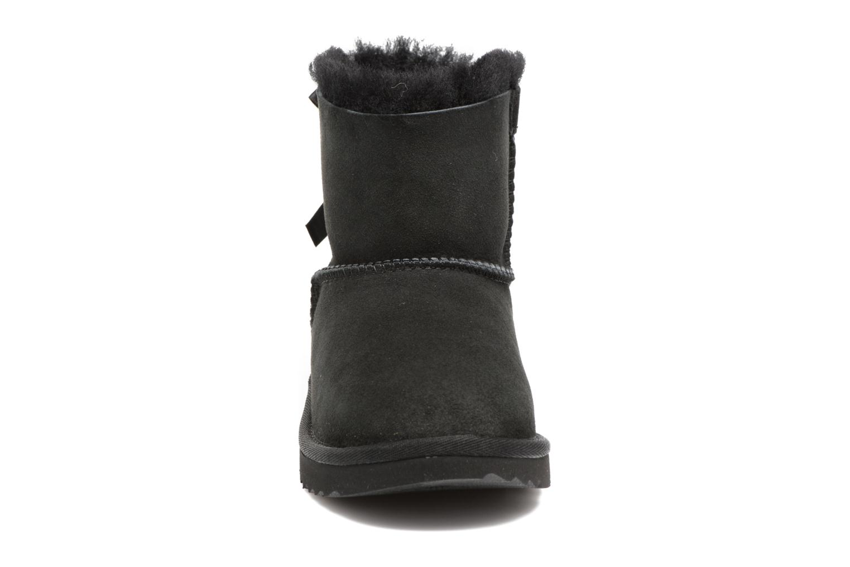 Bottes UGG Mini Bailey Bow II K Noir vue portées chaussures