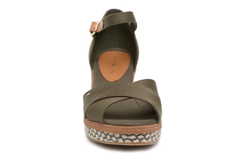 Sandales et nu-pieds Tommy Hilfiger ICONIC ELBA SANDAL BASIC Vert vue portées chaussures