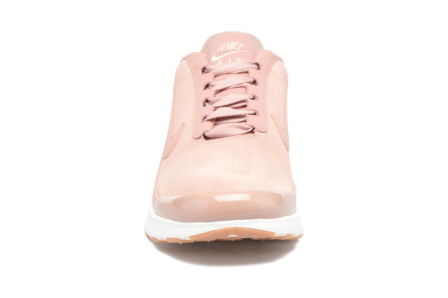 Baskets Nike W Nike Air Max Jewell Se Rose vue portées chaussures