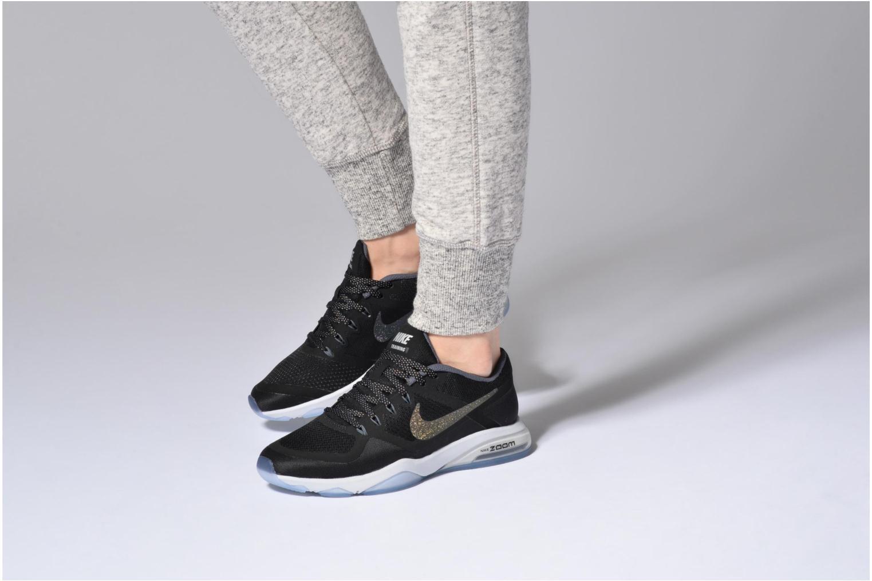 Chaussures de sport Nike W Nike Air Zoom Fitness Mtlc Noir vue bas / vue portée sac