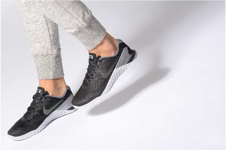 Sportssko Nike Wmns Nike Metcon 3 Mtlc Blå se forneden
