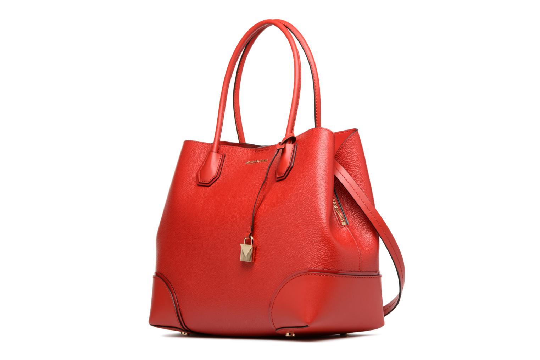 Borse Michael Michael Kors Cabas Mercer Gallery LG CENTER ZIP TOTE Rosso modello indossato