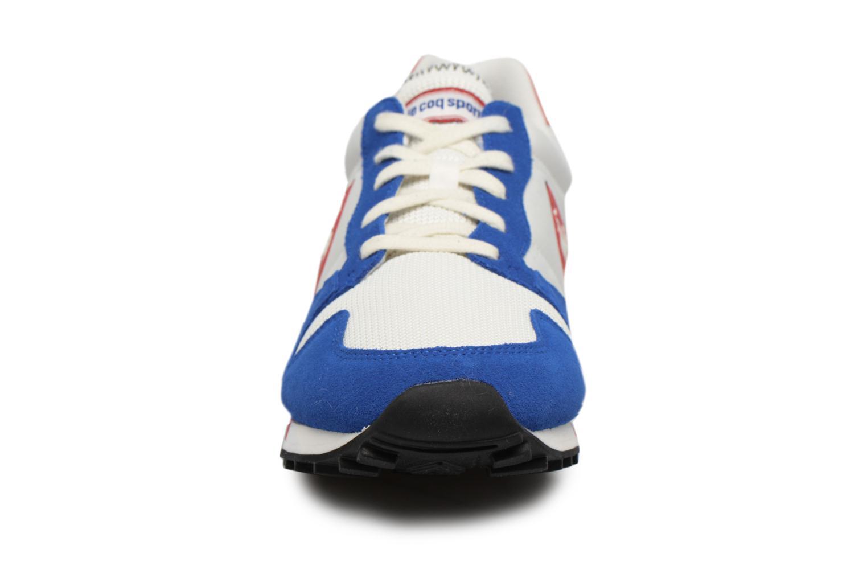 Baskets Le Coq Sportif Omega Nylon Bleu vue portées chaussures