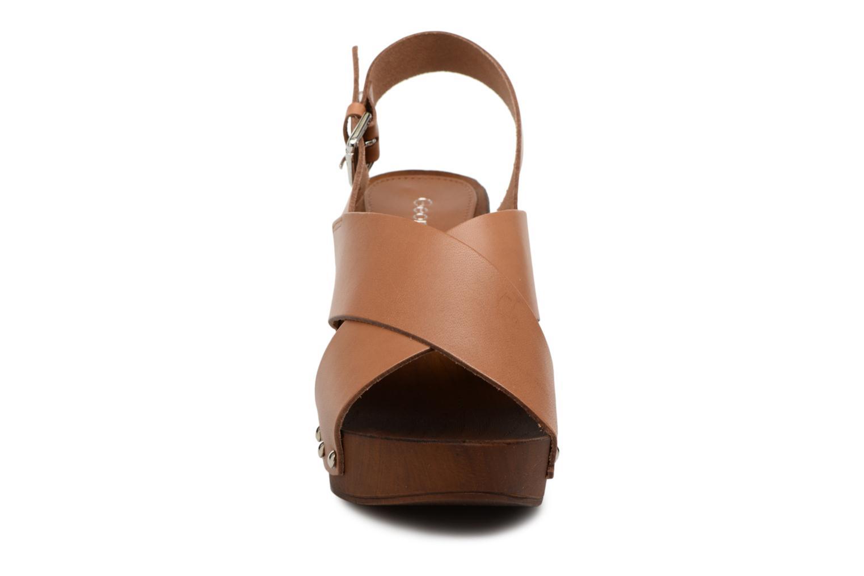 Sandales et nu-pieds Georgia Rose Doclou Marron vue portées chaussures