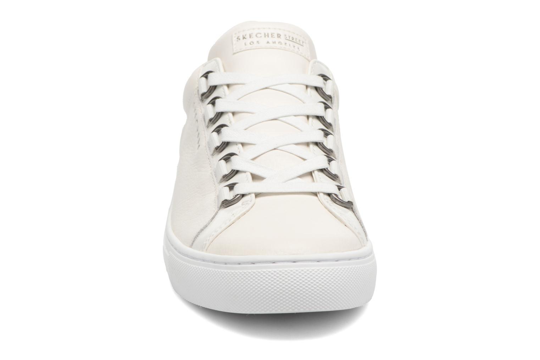 Deportivas Skechers Side Street Core-Set Blanco vista del modelo
