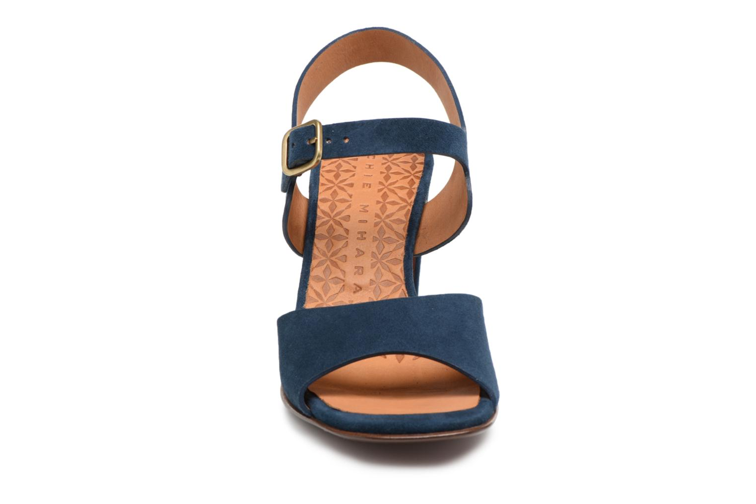Sandals Chie Mihara Chuli32 Blue model view