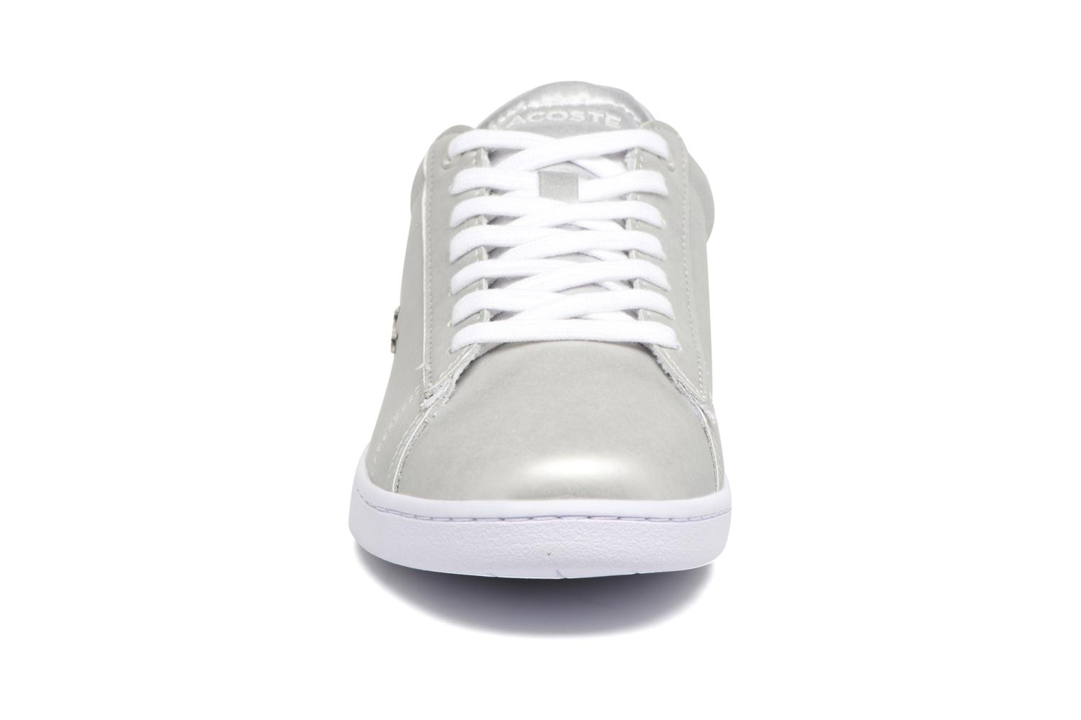 Baskets Lacoste CARNABY EVO 118 1 Gris vue portées chaussures