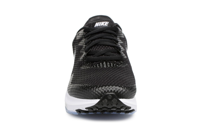 Chaussures de sport Nike W Nike Zoom All Out Low 2 Noir vue portées chaussures